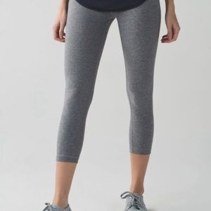 Heather Gray Cropped Wunder Unders